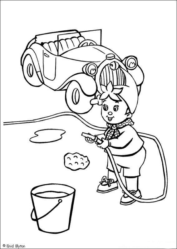 Noddy lava la sua macchina da colorare