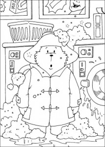 coloring page Paddington Bear does the laundry