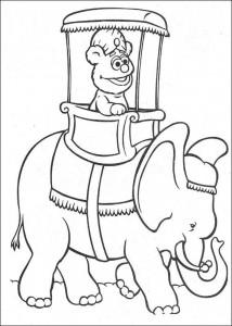 kleurplaat Fozzy op een olifant