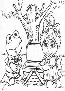kleurplaat Kermit en Piggy picknicken