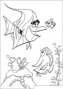 kleurplaat Nemo in het aqaurium (2)