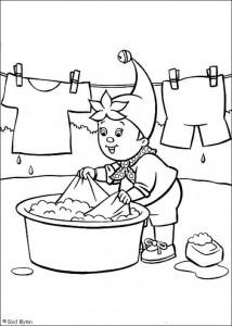 kleurplaat Noddy doet de was (1)