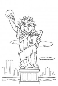 coloring page Piggy as statue of liberty