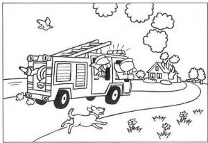 kleurplaat Snel, er staat een huis in brand!